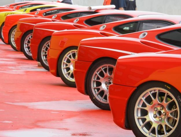 21 Eventi - Giri in pista con supercars, incentive Italia