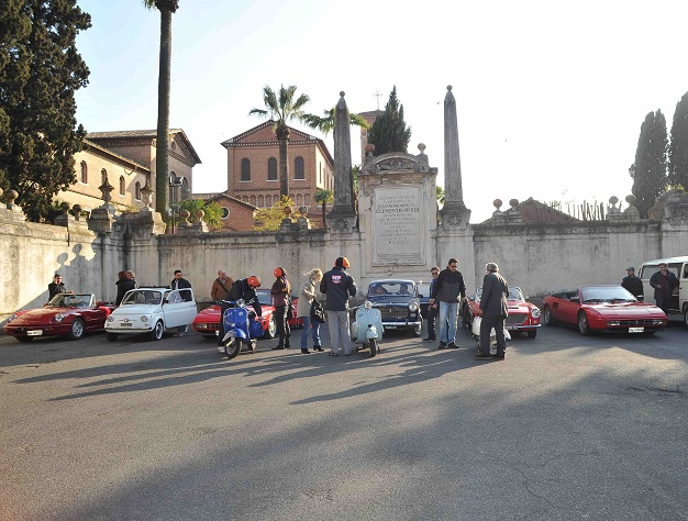 HR Tours - Vintage Car Rental and Transfers in Italy