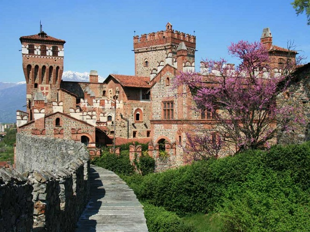 Castello di Pavone - Piedmont - Italy