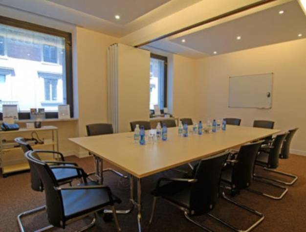 multipurpose area with 2 meeting rooms in Turin - Regus Torino City ...