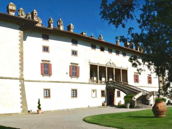 Villa Medicea La Ferdinanda - Toscana