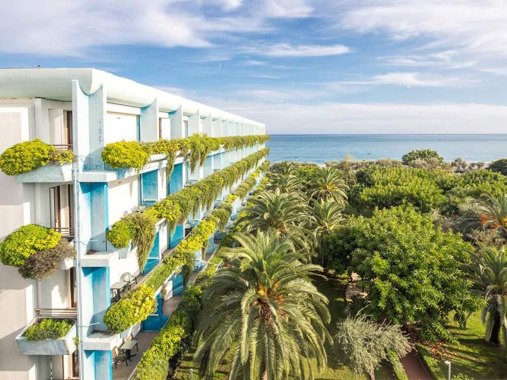 Hotel e centro congressi in giardini di naxos atahotel naxos beach resort - Centro benessere giardini naxos ...