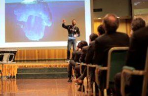 Lo speaker motivazionale negli eventi