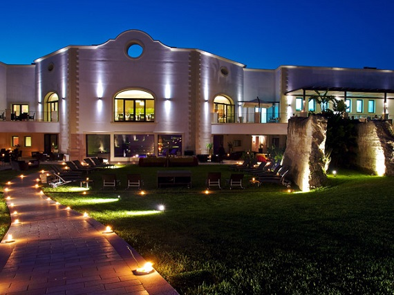 Doubletree by Hilton Aaya Golf resort - Puglia