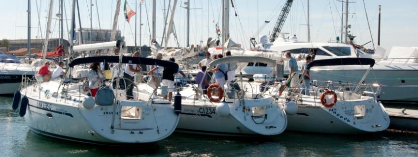 Sailing teambuilding