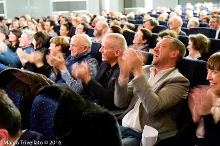 Pubblico felice