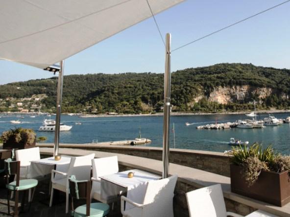 Champagne & music at Grand Hotel Portovenere