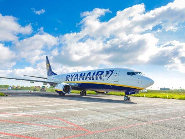 2020 06 Ryanair 1000 flight